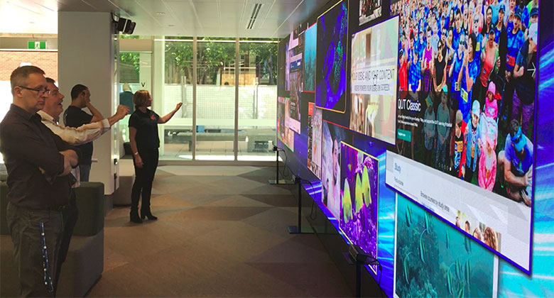 Digital signage example: Interactive LED wall