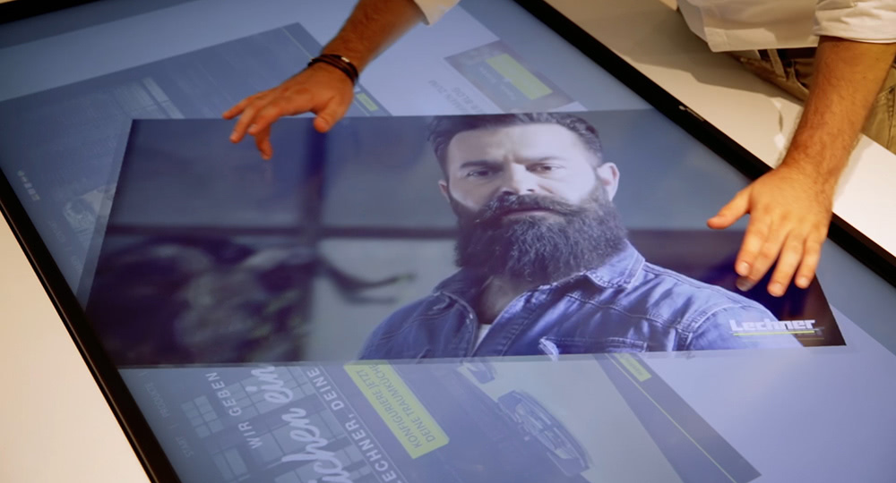 Digital signage example: multi touch table